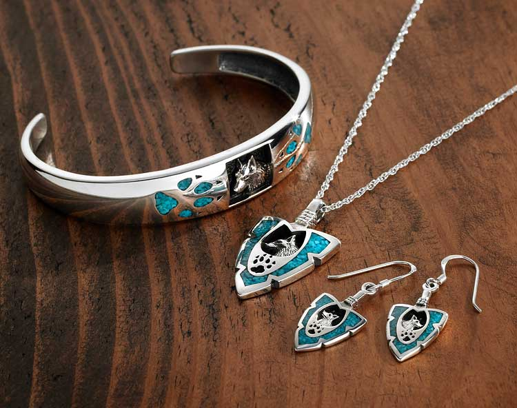 Sterling silver turquoise wolf inlay arrowhead pendant necklace aloadofball Choice Image