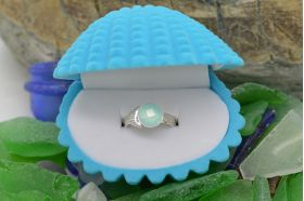 Mako Mermaid ring with 8mm faceted Chaceldony