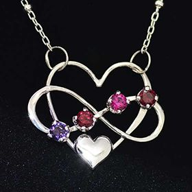 intertwined heart moms necklace